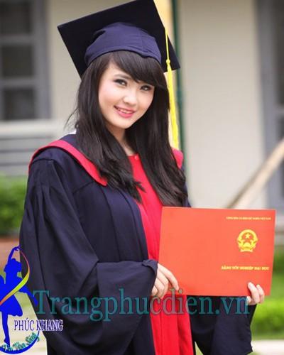 Cử nhân sinh viên